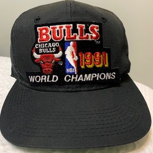 Vtg Chicago Bulls NBA Sports Specialty Snap Back